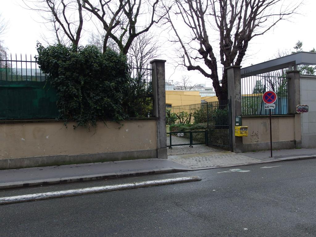 Acces Jardin Villemin La Boule Du 10
